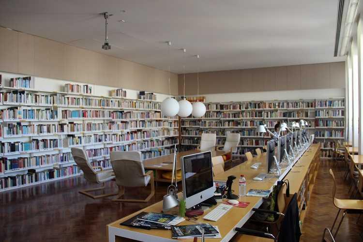 Jornal Campeão: Alexandre Quintanilha e Nuno Ferrand apresentam livros no Rómulo da UC