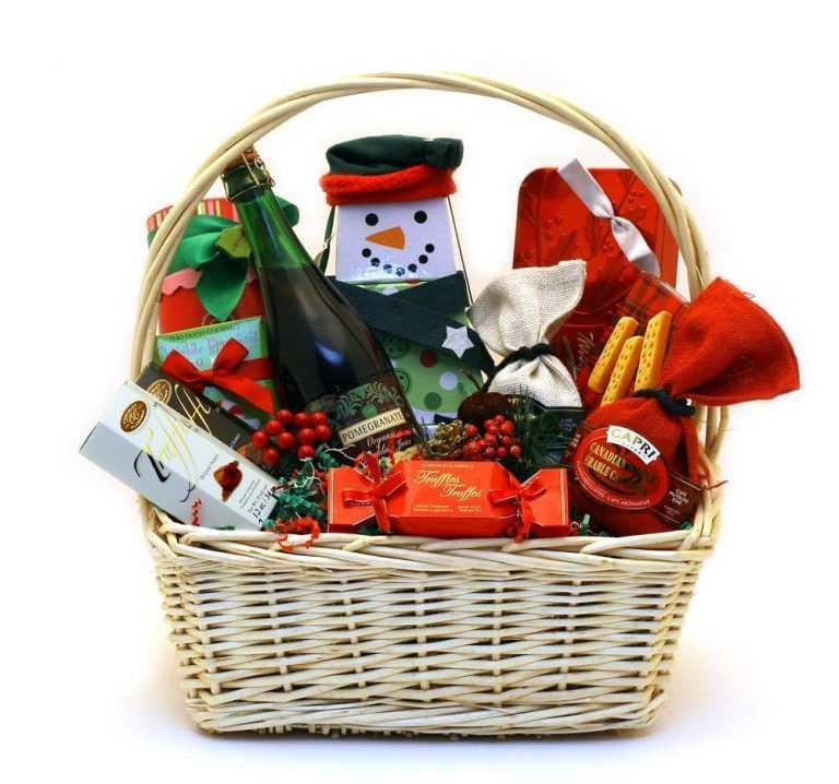 Jornal Campeão: Uniões de Freguesias entregam cabazes de Natal