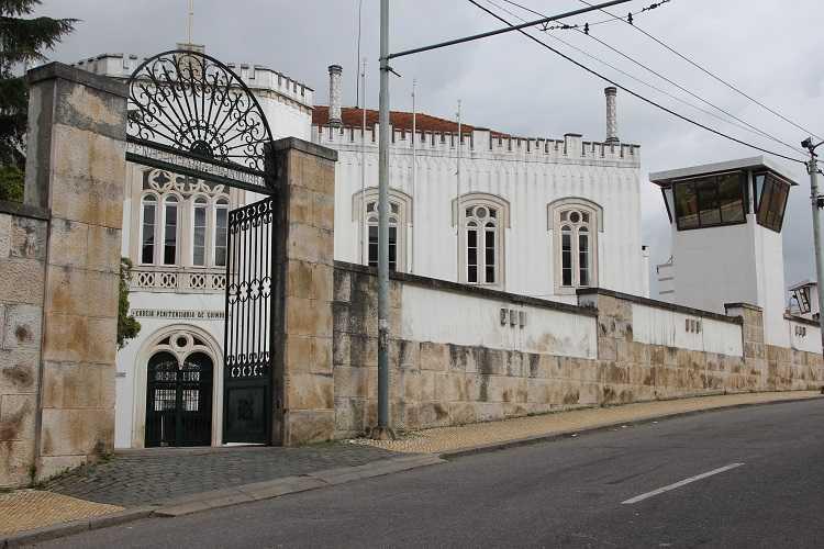 Jornal Campeão: Coimbra: Suposto burlão ameaça ex-mulher em pleno tribunal
