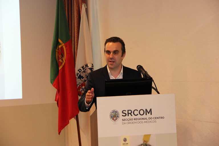 Jornal Campeão: Médicos: Carlos Cortes reeleito com maior votação