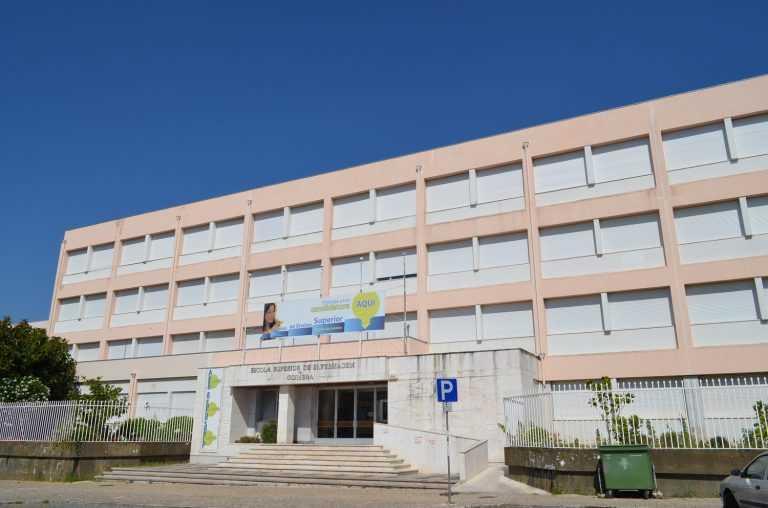 Jornal Campeão: Escola de Enfermagem de Coimbra promove limpeza nas margens do rio Mondego