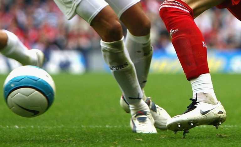Jornal Campeão: Futebol: Nacional e Farense na I Liga, Cova da Piedade e Casa Pia despromovidos