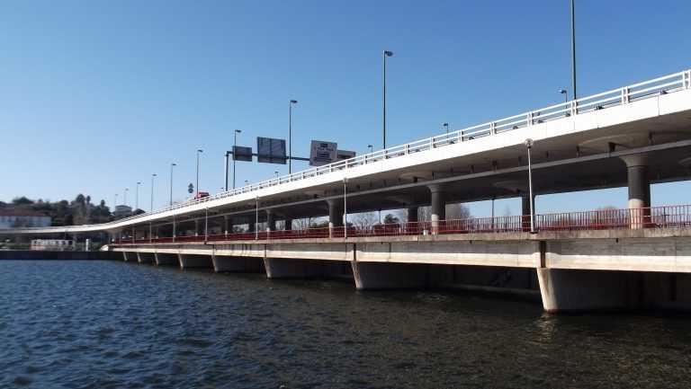 Jornal Campeão: Coimbra: Ponte-Açude escoou 1 100 m3 de água por segundo