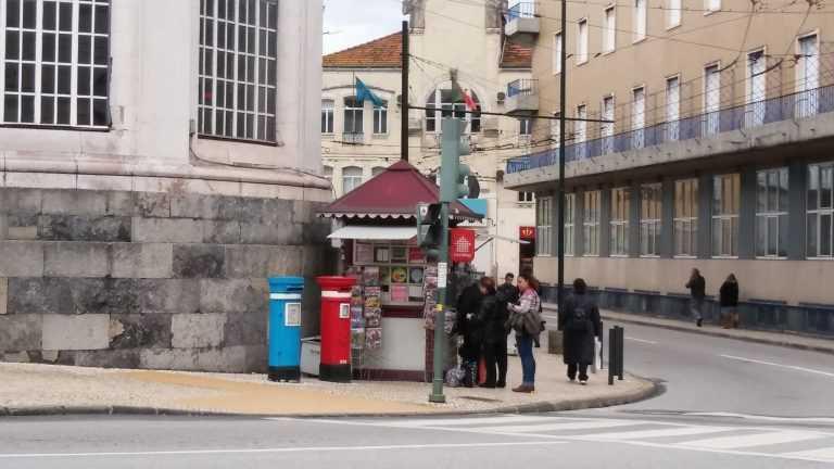 """Jornal Campeão: Coimbra: """"Raspadinha"""" de um euro rende 250 por mês"""