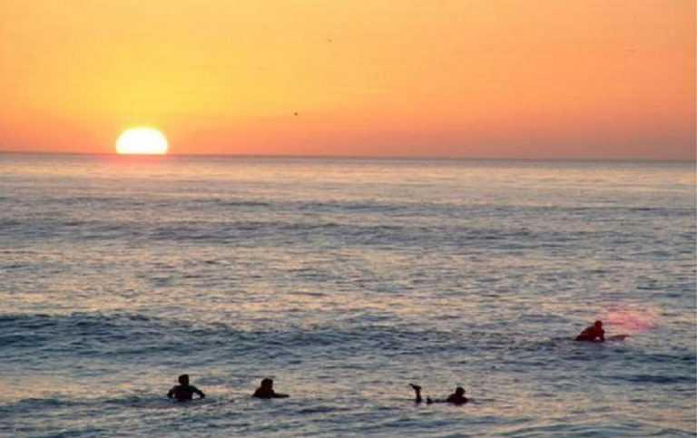 Jornal Campeão: Figueira da Foz: Praia do Cabedelo iluminada para surf nocturno