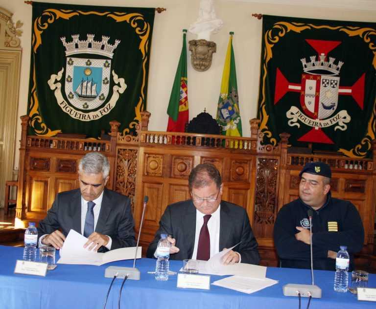 Jornal Campeão: Figueira da Foz: Papeleira e Câmara assinam acordo de protecção civil