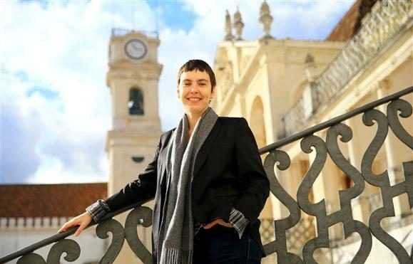 Jornal Campeão: Coimbra: Adriana Calcanhotto volta a ensinar como escrever canções