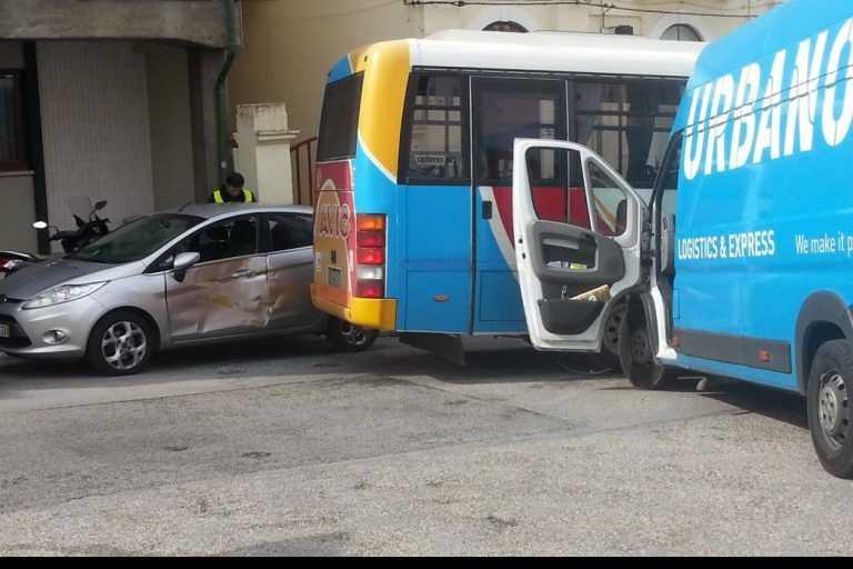 Jornal Campeão: Figueira da Foz: Carrinha andou sozinha e causou acidente