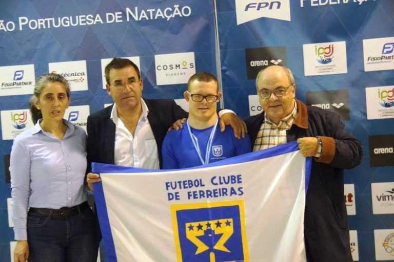 Jornal Campeão: Filipe Santos bateu o recorde do mundo em natação adaptada