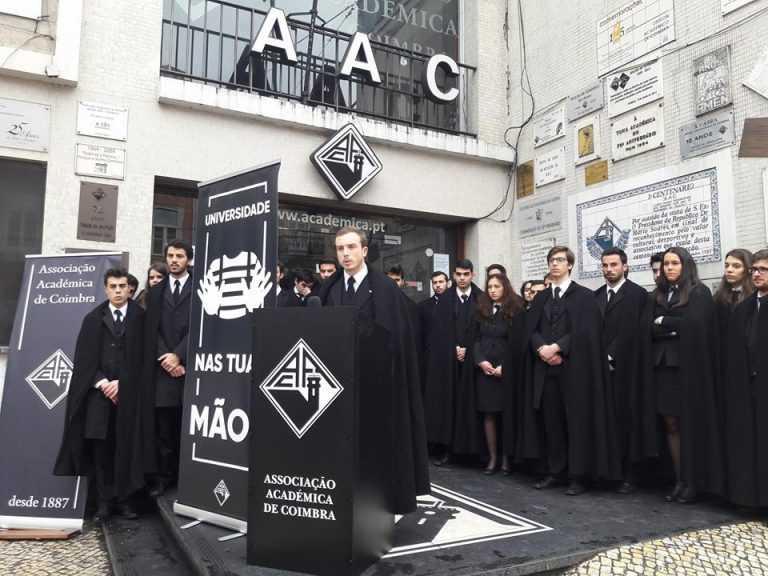Jornal Campeão: AAC lança campanha contra passagem da UC a fundação