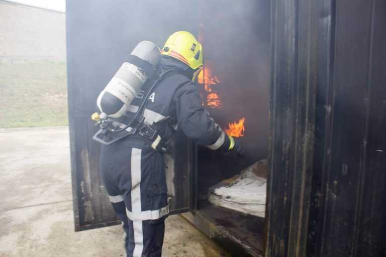 Jornal Campeão: Coimbra: Fogo destruiu casa e desalojou uma pessoa