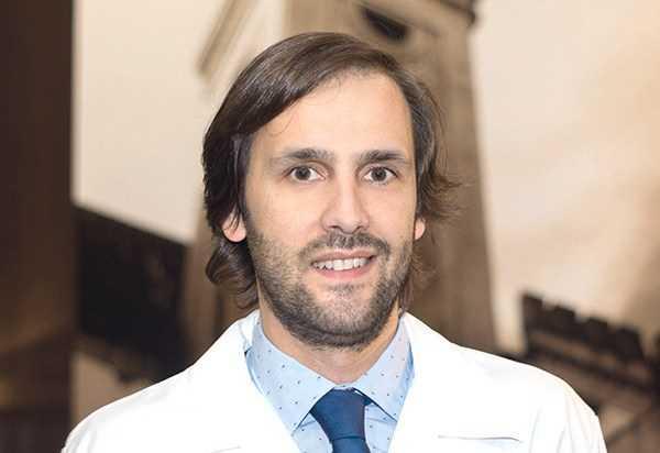 Jornal Campeão: Especialista da IdealMed publicou livro sobre Órbita e Oculoplástica
