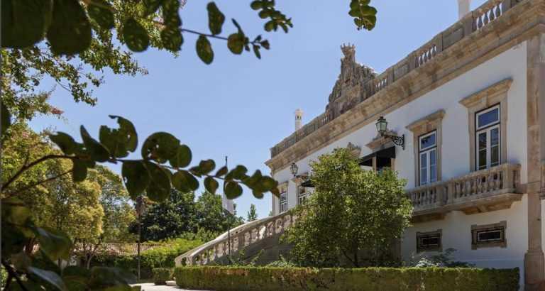 Jornal Campeão: Livro com 100 lendas da Região de Coimbra é apresentado na Quinta das Lágrimas