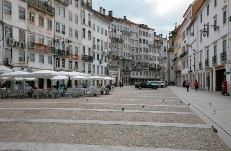 Jornal Campeão: NERC critica obras na Praça do Comércio na Baixa de Coimbra