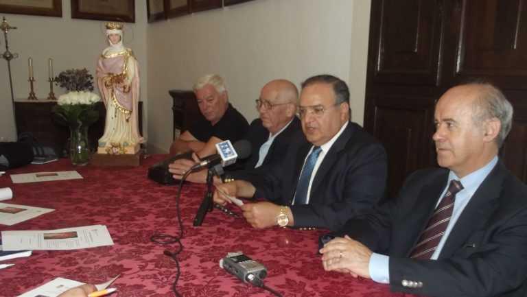 Jornal Campeão: Coimbra: Festas religiosas cumprem veneração à padroeira da cidade