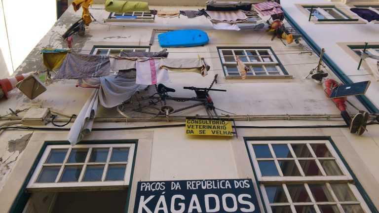 Jornal Campeão: Repúblicas de Coimbra cerram fileiras para resistir como comunidades