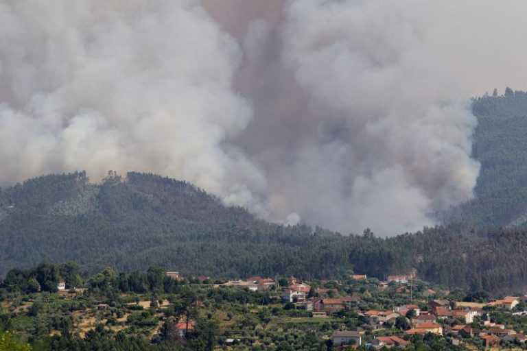 Jornal Campeão: Fogo na Pampilhosa da Serra mobiliza 11 meios aéreos e mais de 310 bombeiros