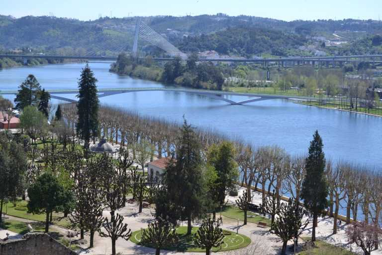 Jornal Campeão: Coimbra: Rio Mondego fica desassoreado um ano antes do prazo