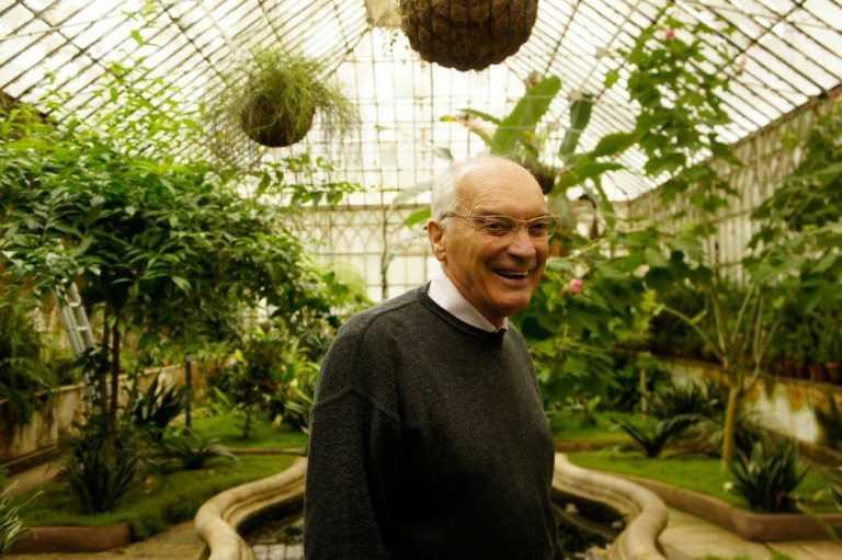 Jornal Campeão: Biólogo Jorge Paiva realça papel das abelhas para a espécie humana