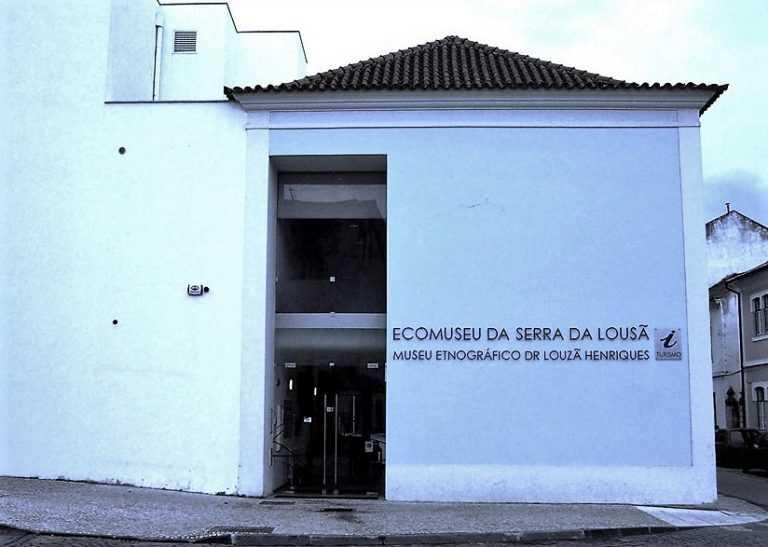 Jornal Campeão: Exposição de pintura de Fernando d´F. Ferreira patente na Lousã