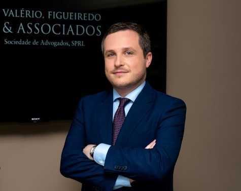 """Jornal Campeão: Paulo Valério fala de """"recuperação de singulares"""""""