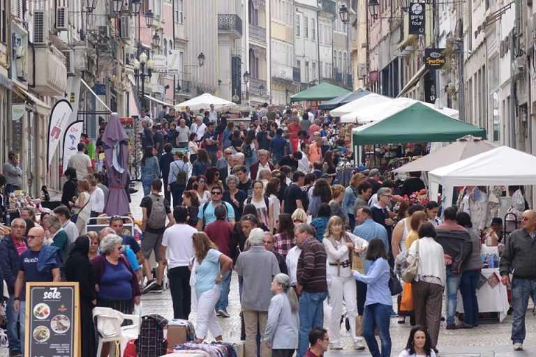 Jornal Campeão: Coimbra: Feira de Artesanato Urbano volta a ser adiada