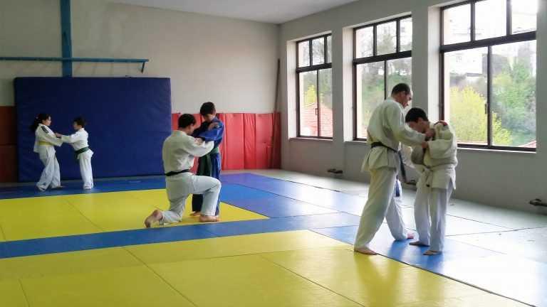 Jornal Campeão: ACM: Secção de Judo/Ju -Jitsu celebra 30 anos a formar campeões