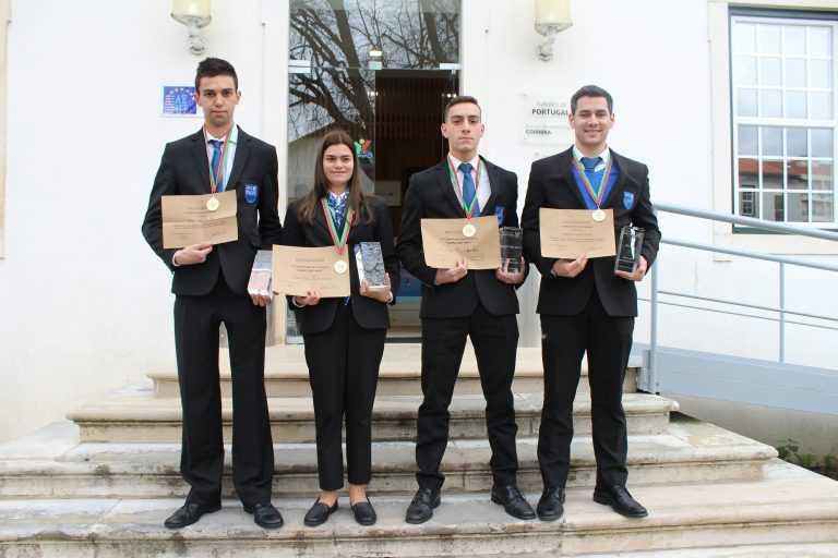 Jornal Campeão: Alunos da Escola de Hotelaria de Coimbra vencem concurso nacional