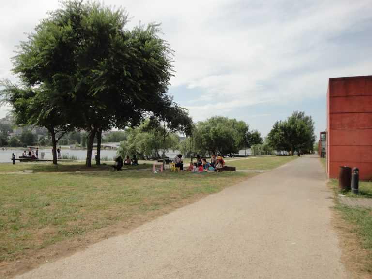 Jornal Campeão: Coimbra: Parque Verde dotado de biblioteca de jardim