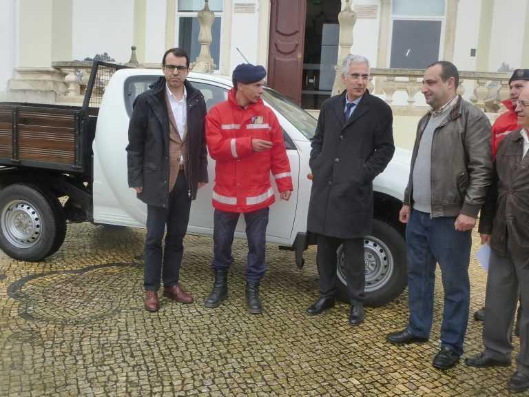 Jornal Campeão: EDP oferece viatura aos Bombeiros da Lousã