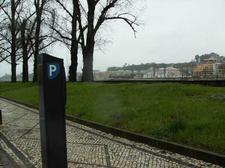 Jornal Campeão: Coimbra: Estacionamento pago na beira-rio