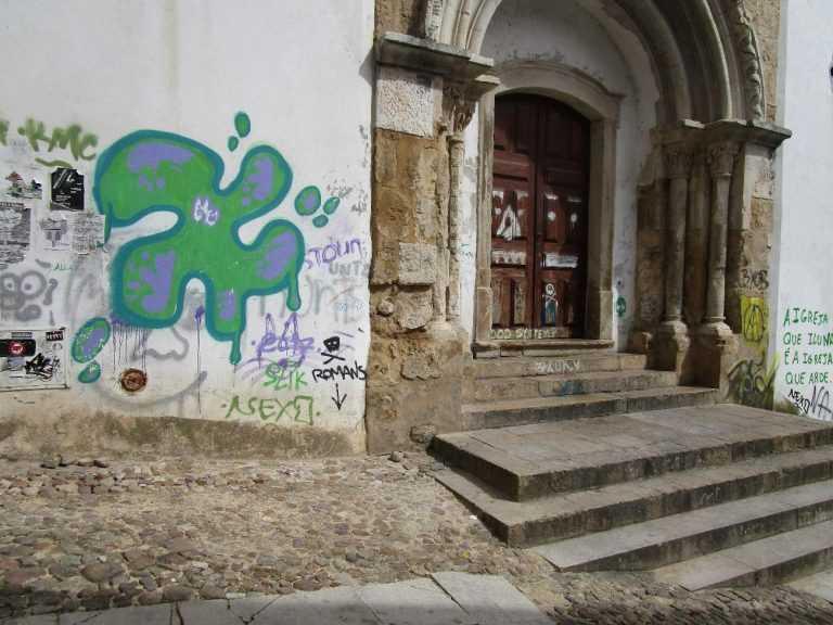 Jornal Campeão: Sete pessoas identificadas por pichagens em Coimbra nos últimos anos