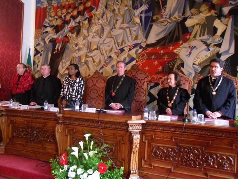 Jornal Campeão: Coimbra: Ministra reafirma empenho no novo Palácio da Justiça