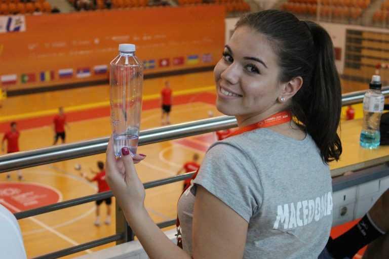Jornal Campeão: AC promove água da torneira nos Jogos Europeus Universitários