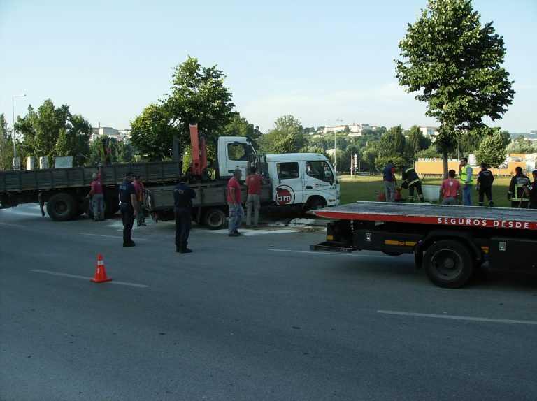 Jornal Campeão: Coimbra: Aparatoso despiste sem danos pessoais