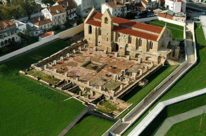 Jornal Campeão: Mosteiro de Santa Clara-a-Velha comemora Dia Internacional dos Monumentos e Sítios