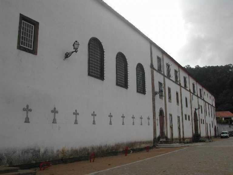 Jornal Campeão: Parlamento recomenda continuidade das obras do mosteiro de Semide