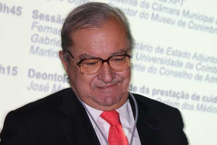 Jornal Campeão: Coimbra: Agostinho Almeida Santos evocado a título póstumo