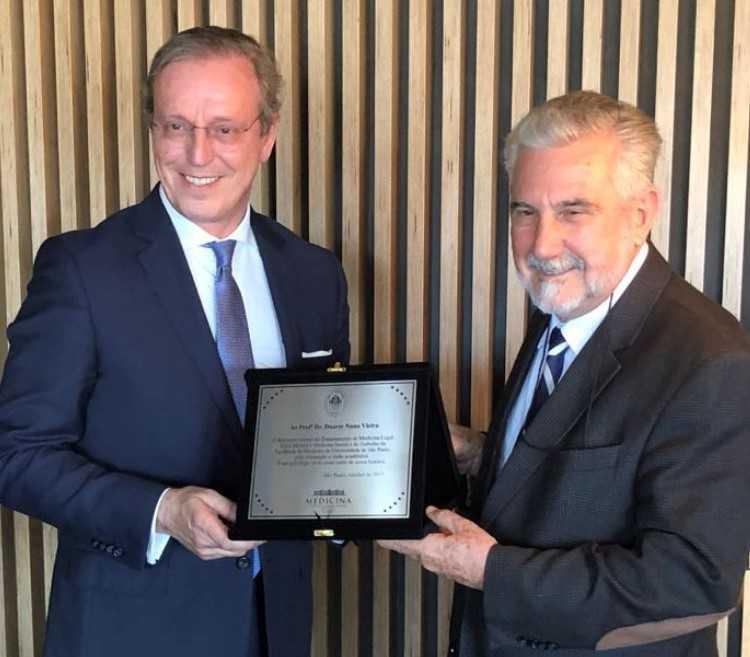 Jornal Campeão: Duarte Nuno Vieira homenageado pela Universidade de São Paulo