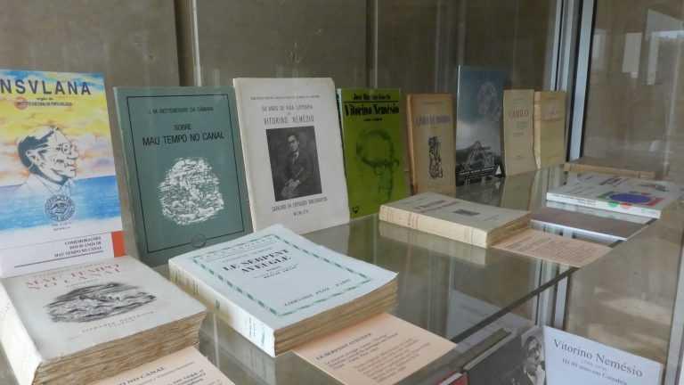 Jornal Campeão: CHUC expõe mostra bibliográfica de Vitorino Nemésio