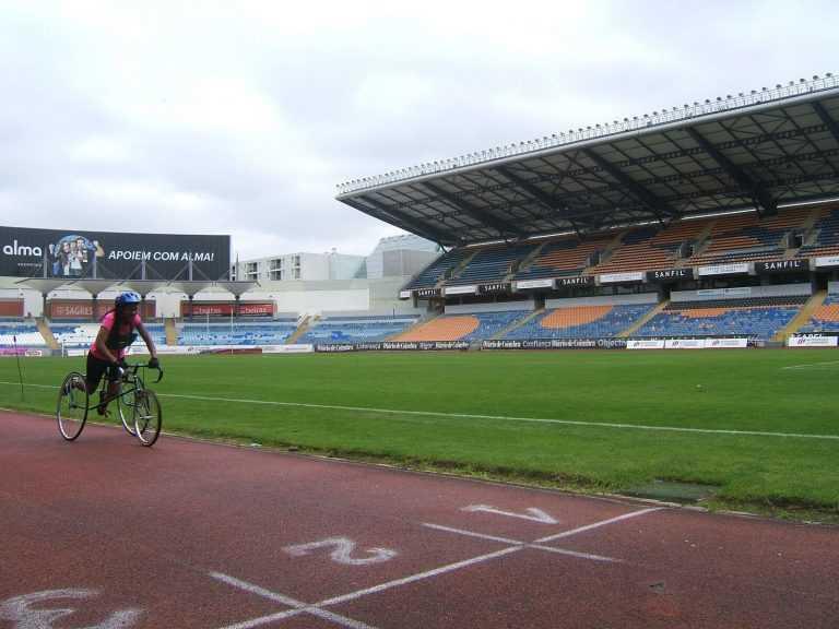 Jornal Campeão: Coimbra: Atleta da APCC nos europeus de tricicleta