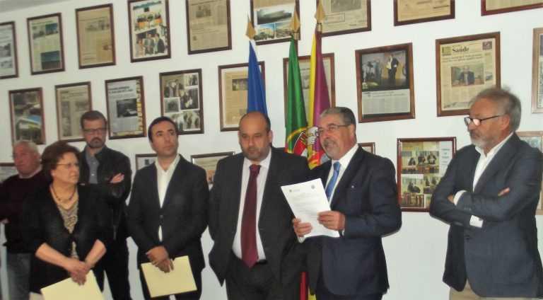 """Jornal Campeão: CMC apoia Centro Social de S. João, """"Cavalo Azul"""" e Graça de S. Filipe"""