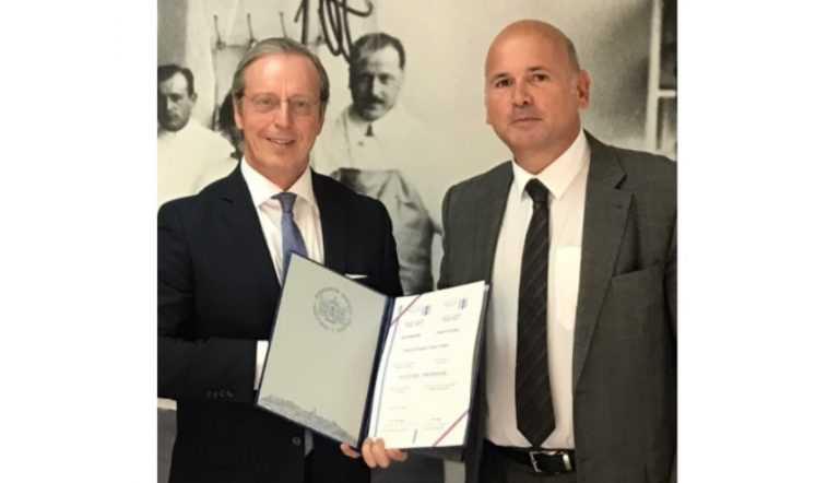 Jornal Campeão: Duarte Nuno Vieira distinguido na Sérvia