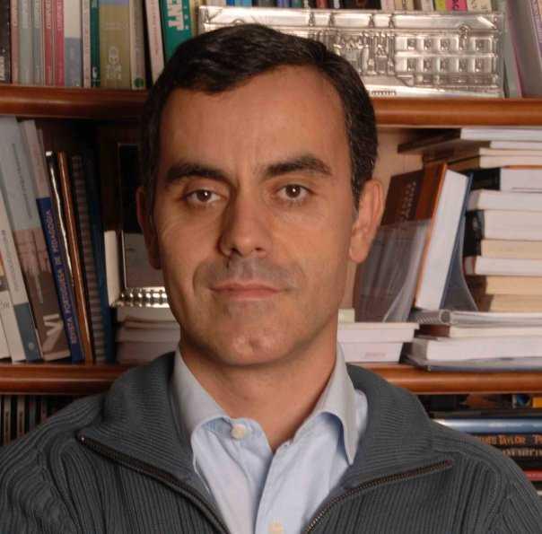 Jornal Campeão: José Manuel Canavarro não vai a julgamento no caso dos colégios GPS