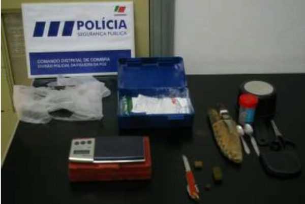Jornal Campeão: Figueira da Foz: Três envolvidos em tráfico de droga
