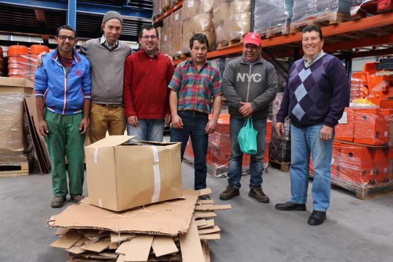 Jornal Campeão: Projecto piloto põe utentes da CerciPenela a fazer recolha selectiva