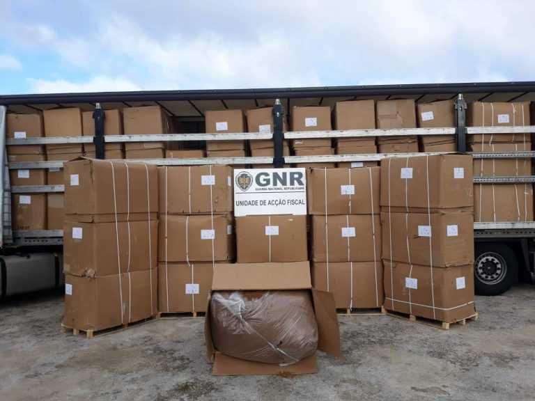 Jornal Campeão: Coimbra: GNR apreendeu roupa contrafeita em operação com 25 arguidos
