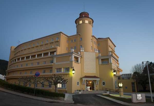 Jornal Campeão: Jornadas de Turismo Ibérico no Grande Hotel de Luso