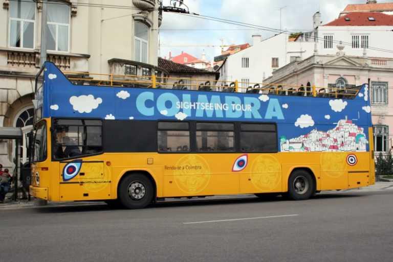 """Jornal Campeão: """"Yellow Bus"""" de Coimbra vai ter percurso de uma hora e meia"""