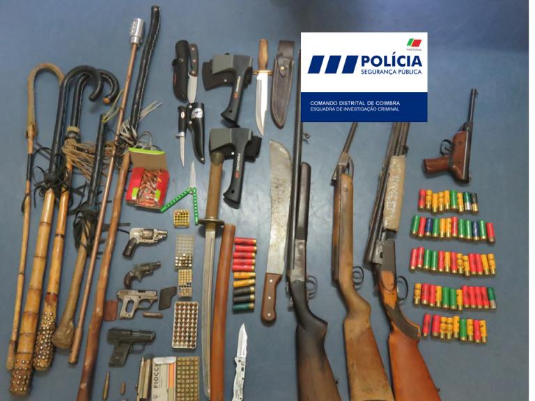 Jornal Campeão: Dois homens detidos por posse de arma proibida